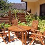 Gartentisch aus Holz